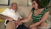 Vidio de sexo bem gostoso entre pai e filha