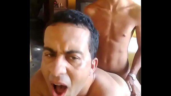 Xvideos gay Brasil novinho comendo a bicha do bairro