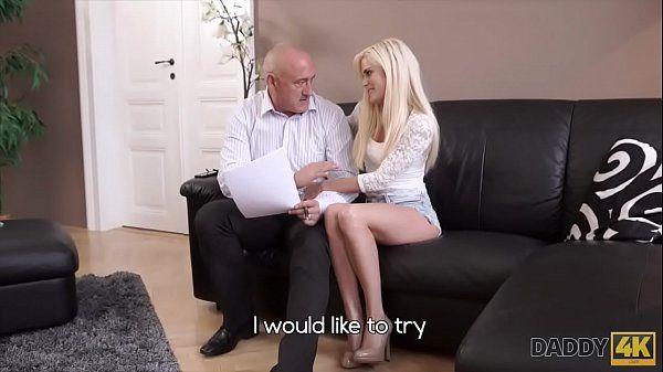Videos de sexo incesto com novinha dando para o senhor de idade