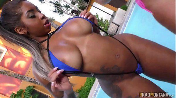 Porno brasileiro com as brasileirinhas Bibi Griffo e Elisa Sanches no swing de verão