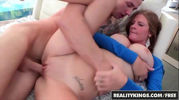 Sexo vaginal com uma branquinha da pepeca rosada redtube