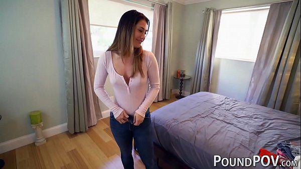 Redtube vadia tirando a roupa para fazer um sexo gostoso