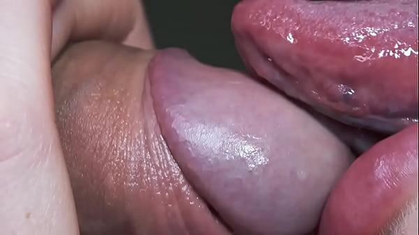 Porno de gulosa novinha chupando pica igual um pirulito